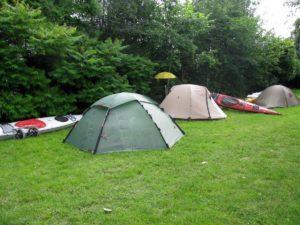 Kempingi w Polsce Mazury pole namiotowe